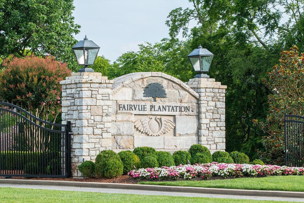 765 Plantation Blvd, Gallatin, TN 37066 - Gallatin, TN real estate listing