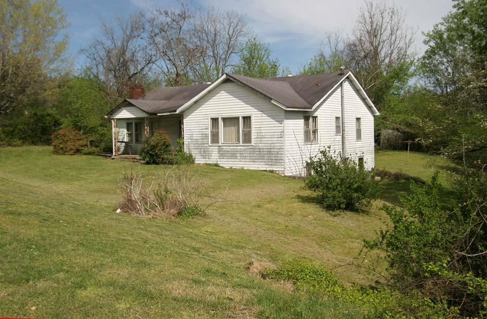 2169 Fairview Blvd Property Photo - Fairview, TN real estate listing