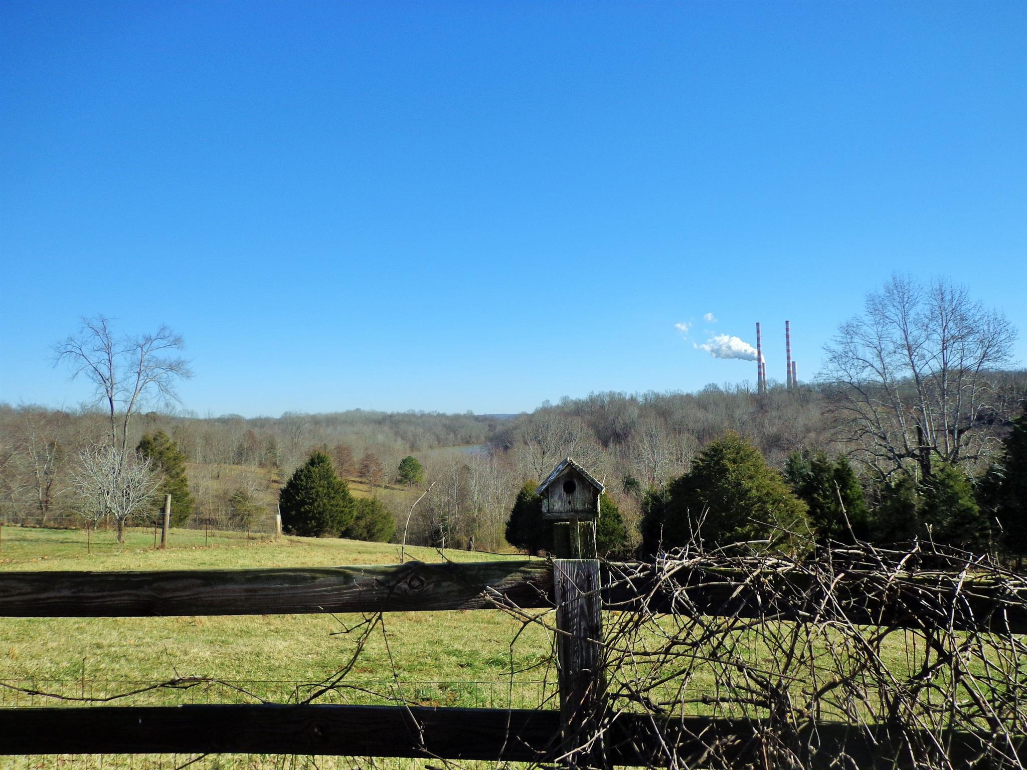 211 Scotts Chapel Rd, Cumberland City, TN 37050 - Cumberland City, TN real estate listing