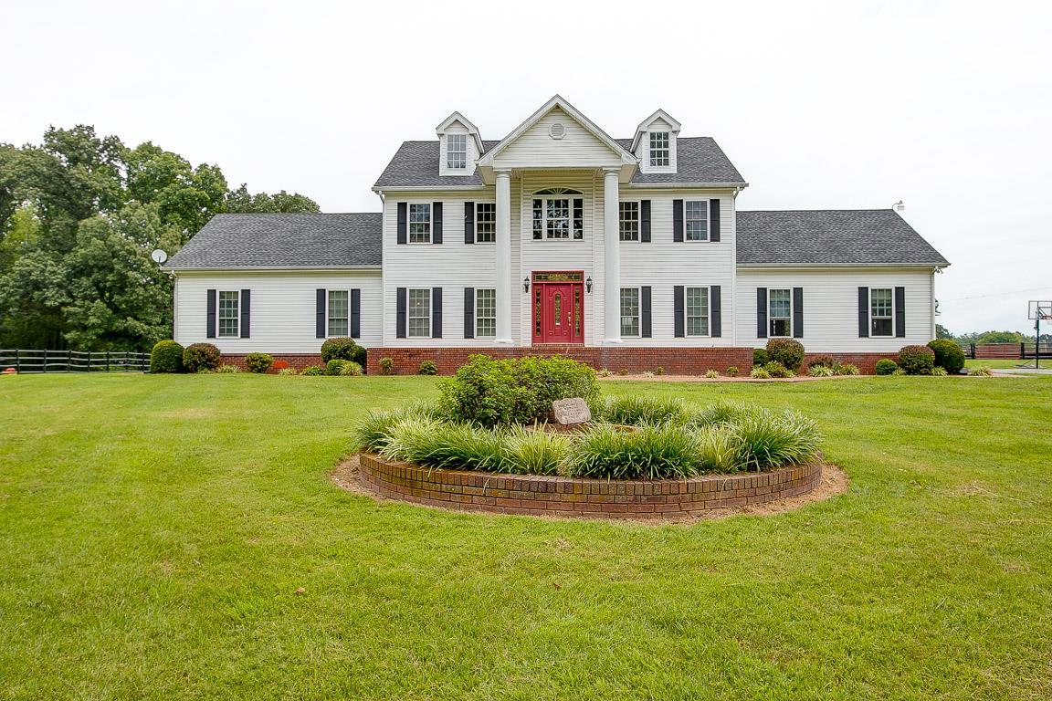 37049 Real Estate Listings Main Image