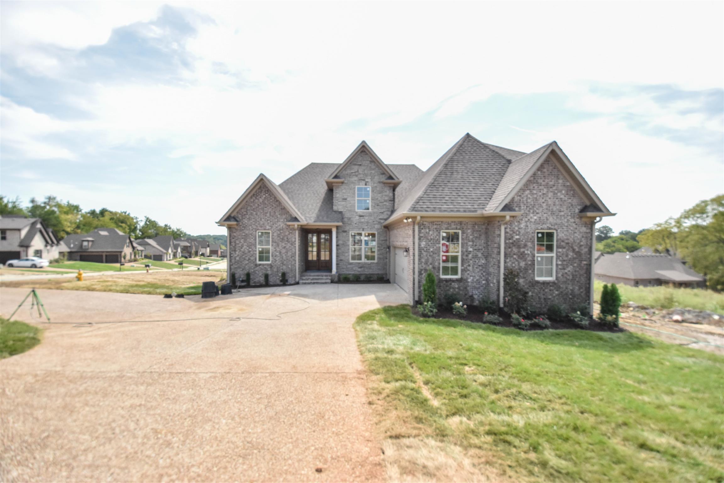 1085 Dorset Drive, Hendersonville, TN 37075 - Hendersonville, TN real estate listing