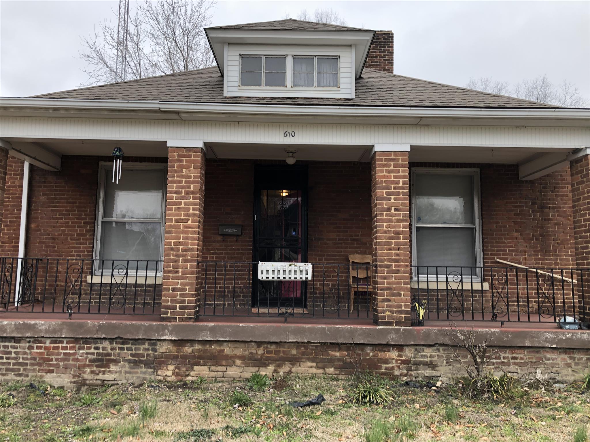 610 W Wood St, Paris, TN 38242 - Paris, TN real estate listing