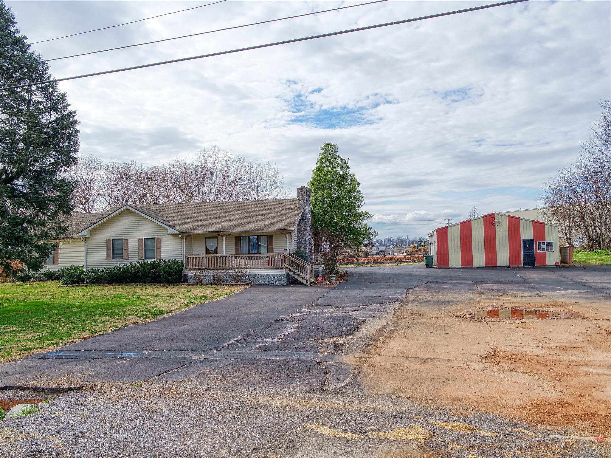 6009 Highway 31W Property Photo - Portland, TN real estate listing