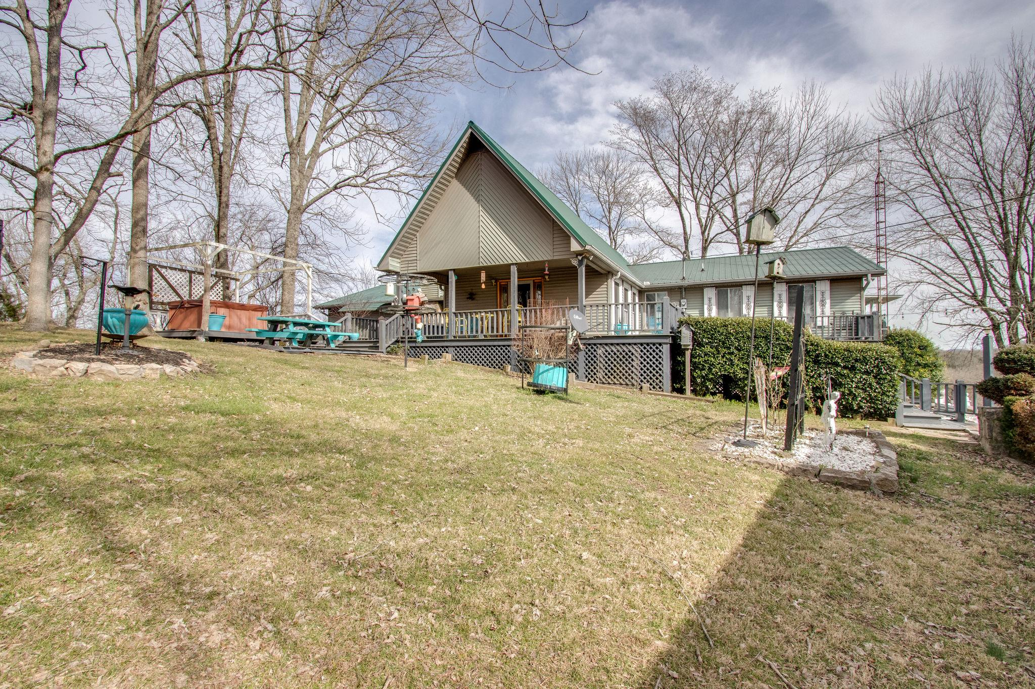 25 Hillview Ln N, Pleasant Shade, TN 37145 - Pleasant Shade, TN real estate listing