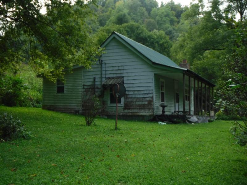 1309 Hunting Creek Rd, Whitleyville, TN 38588 - Whitleyville, TN real estate listing