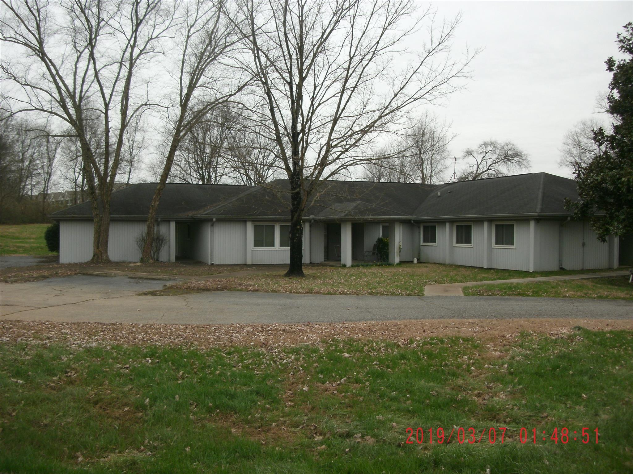 993 Long Hollow Pike, Gallatin, TN 37066 - Gallatin, TN real estate listing