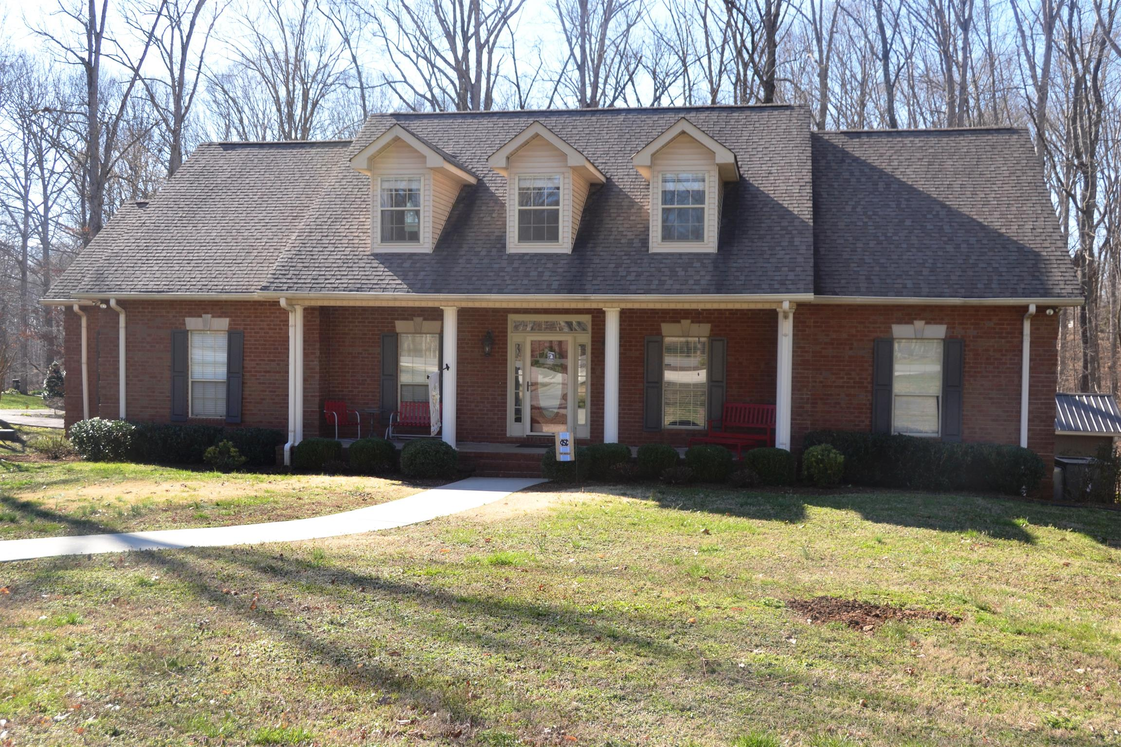 584 Hickory Blvd, McMinnville, TN 37110 - McMinnville, TN real estate listing
