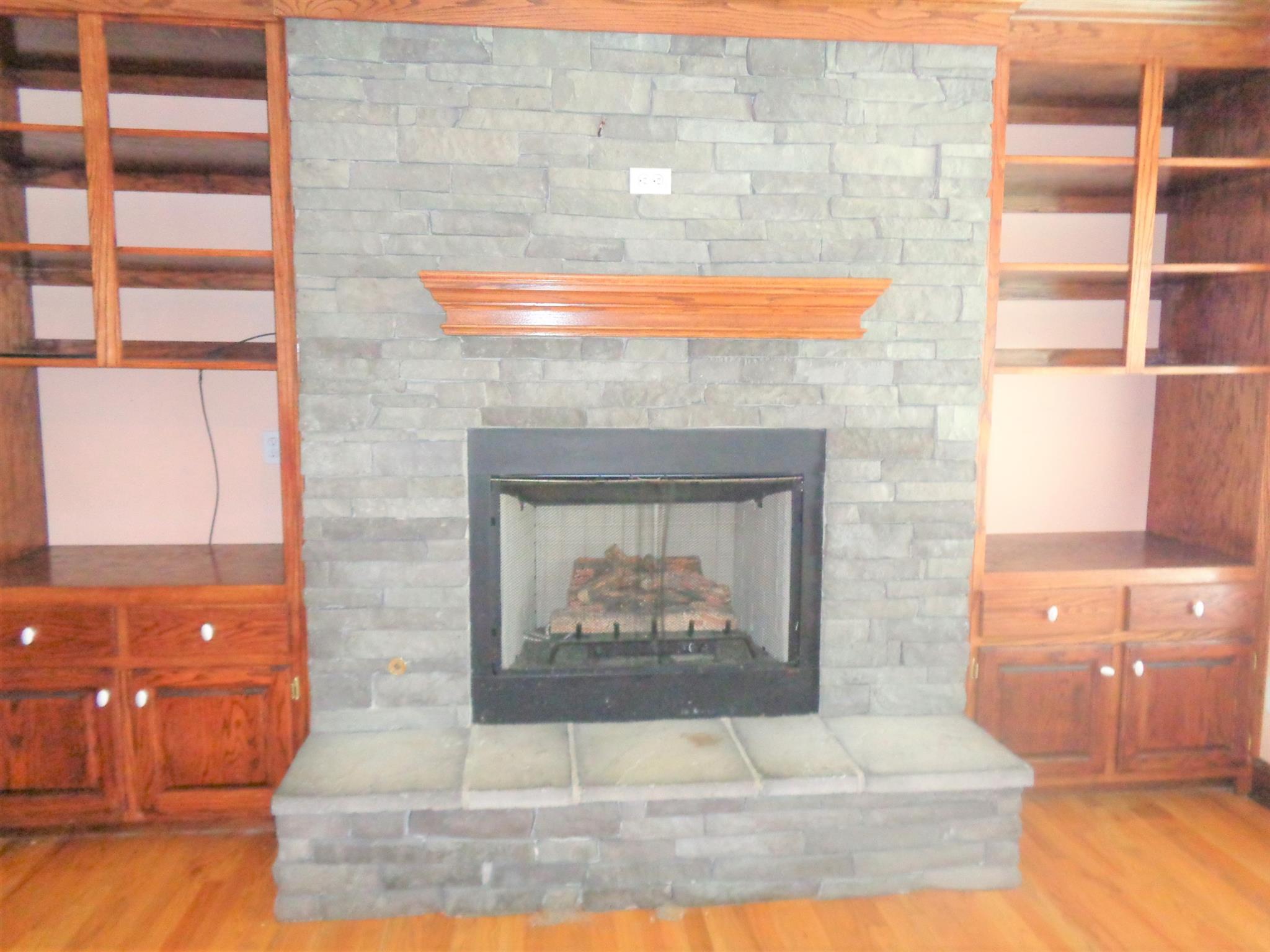 110 W Augustin Dr, Loretto, TN 38469 - Loretto, TN real estate listing