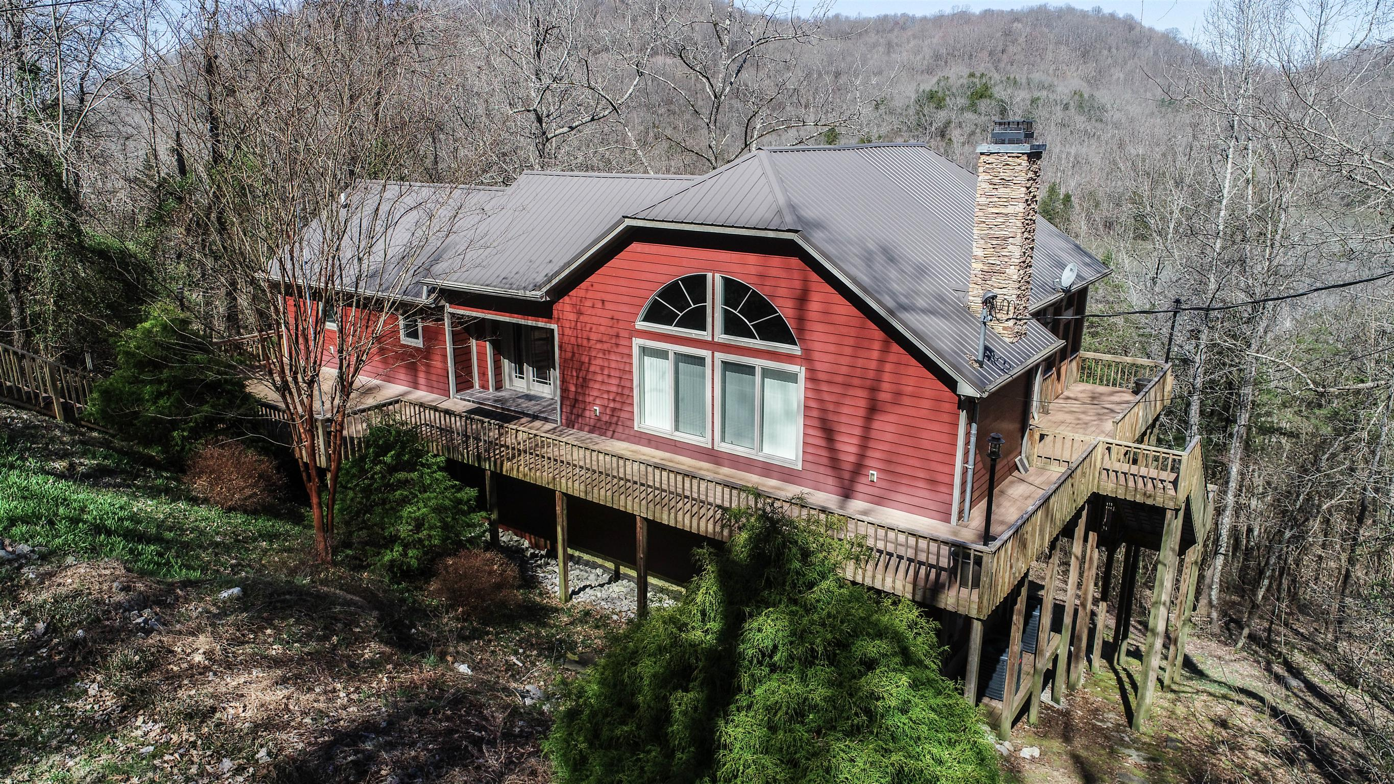 284 Lakewood Road, Silver Point, TN 38582 - Silver Point, TN real estate listing