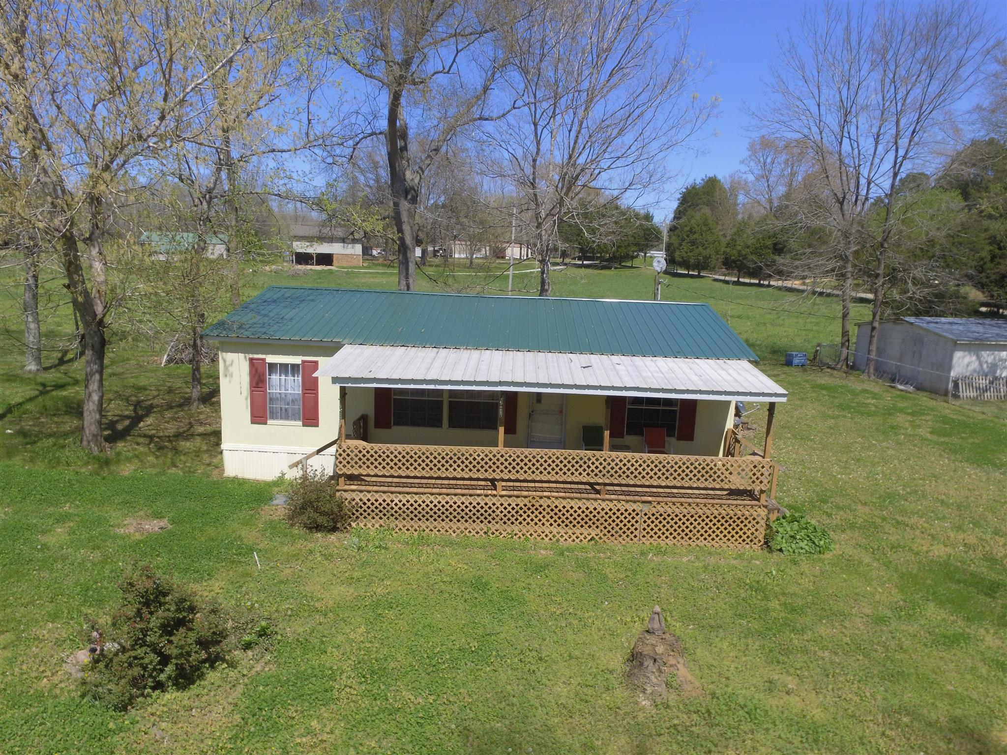 36 Hummingbird Ln, Linden, TN 37096 - Linden, TN real estate listing