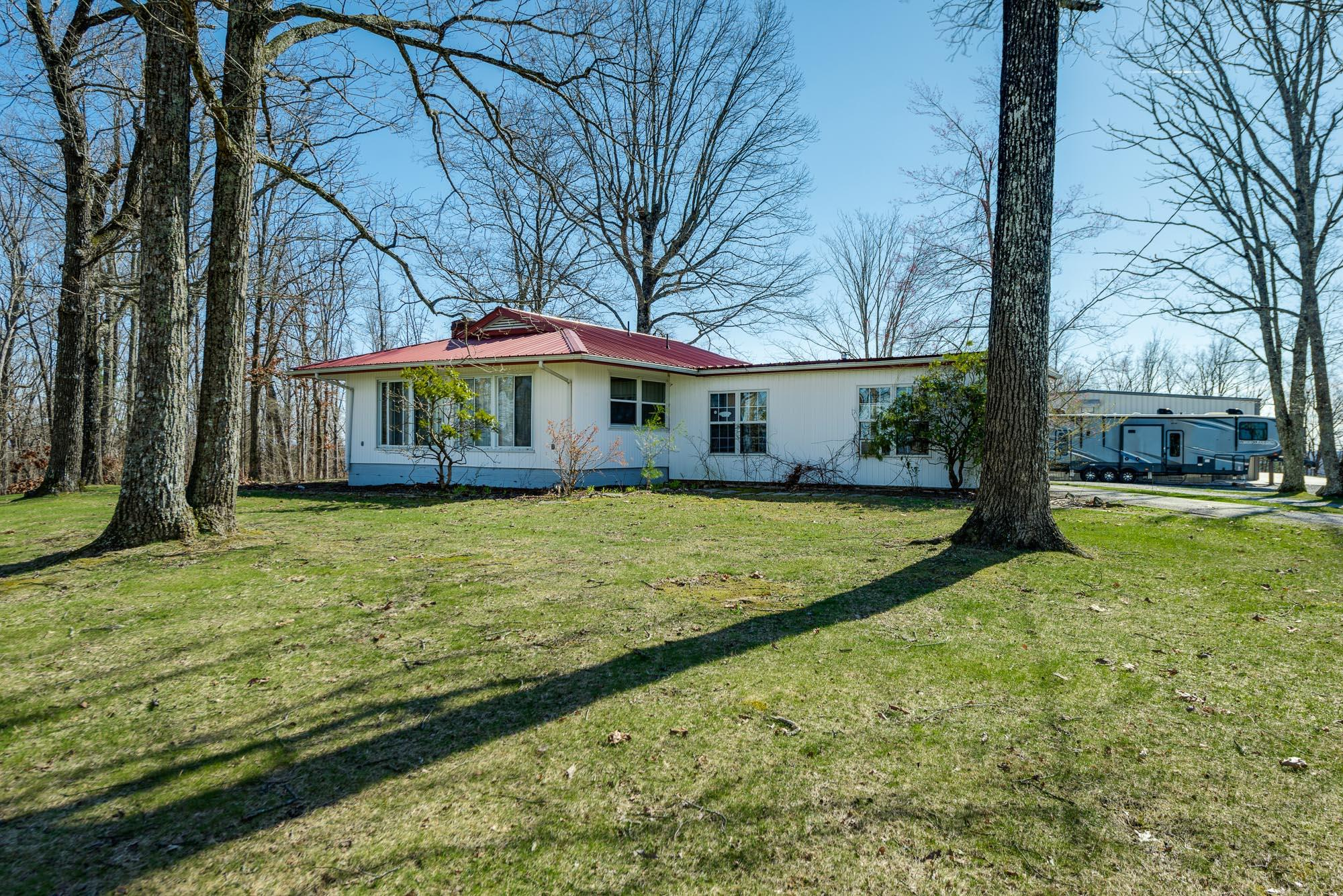 1079 Bristow Rd, Crossville, TN 38571 - Crossville, TN real estate listing