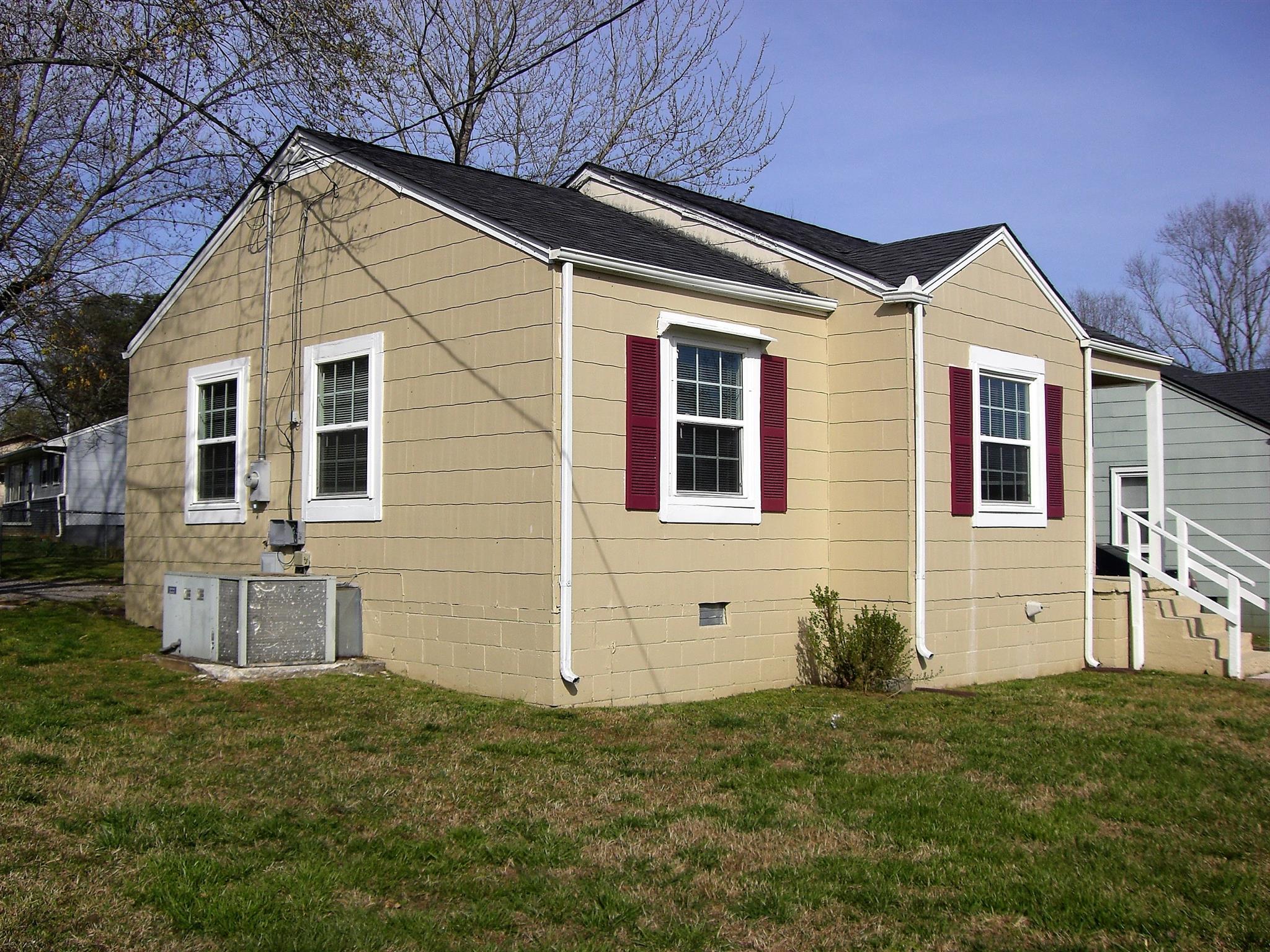 501 Randolph St, Shelbyville, TN 37160 - Shelbyville, TN real estate listing