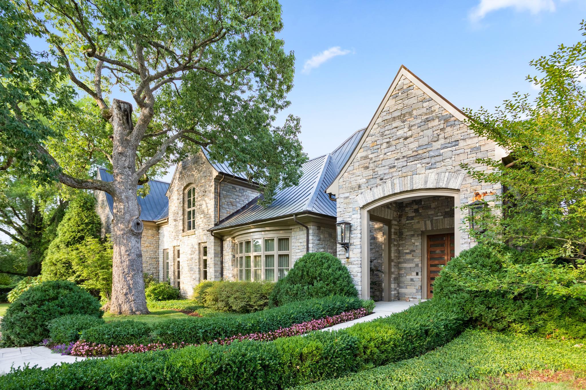 5009 Hill Place Dr, Nashville, TN 37205 - Nashville, TN real estate listing