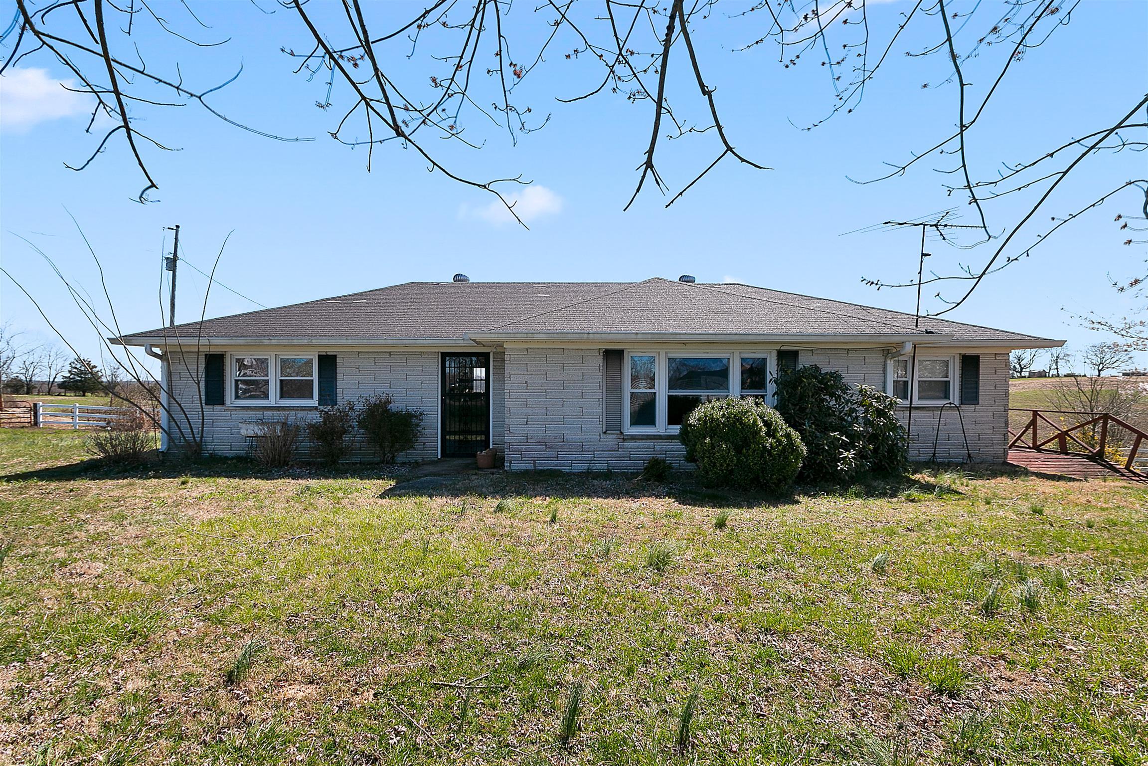 2772 Oakdale Rd, Westmoreland, TN 37186 - Westmoreland, TN real estate listing