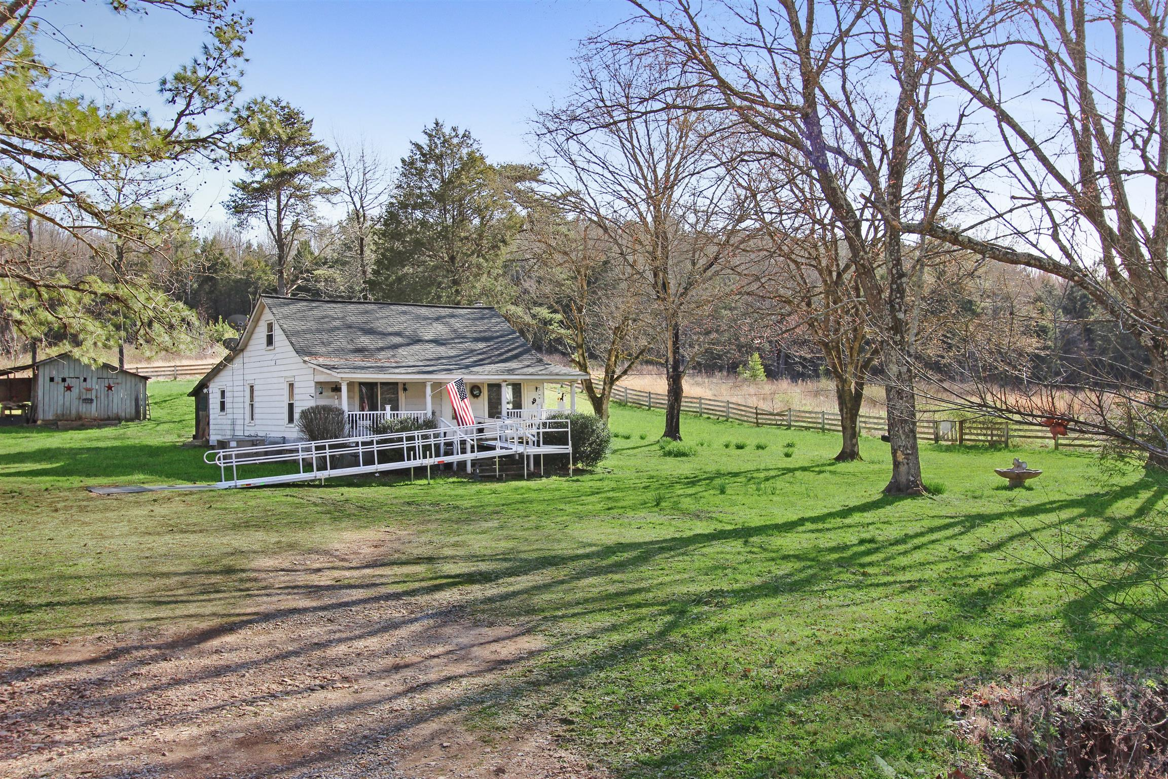 356 Honey Fork Rd, Indian Mound, TN 37079 - Indian Mound, TN real estate listing