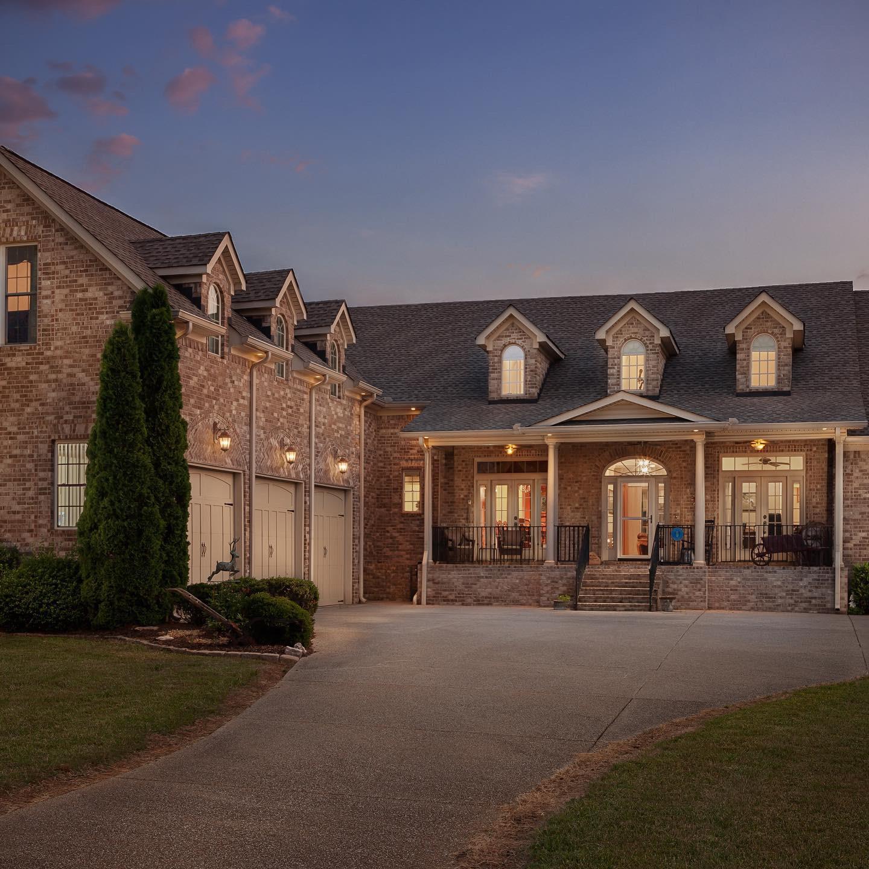 Arian Cunerare Real Estate Listings Main Image