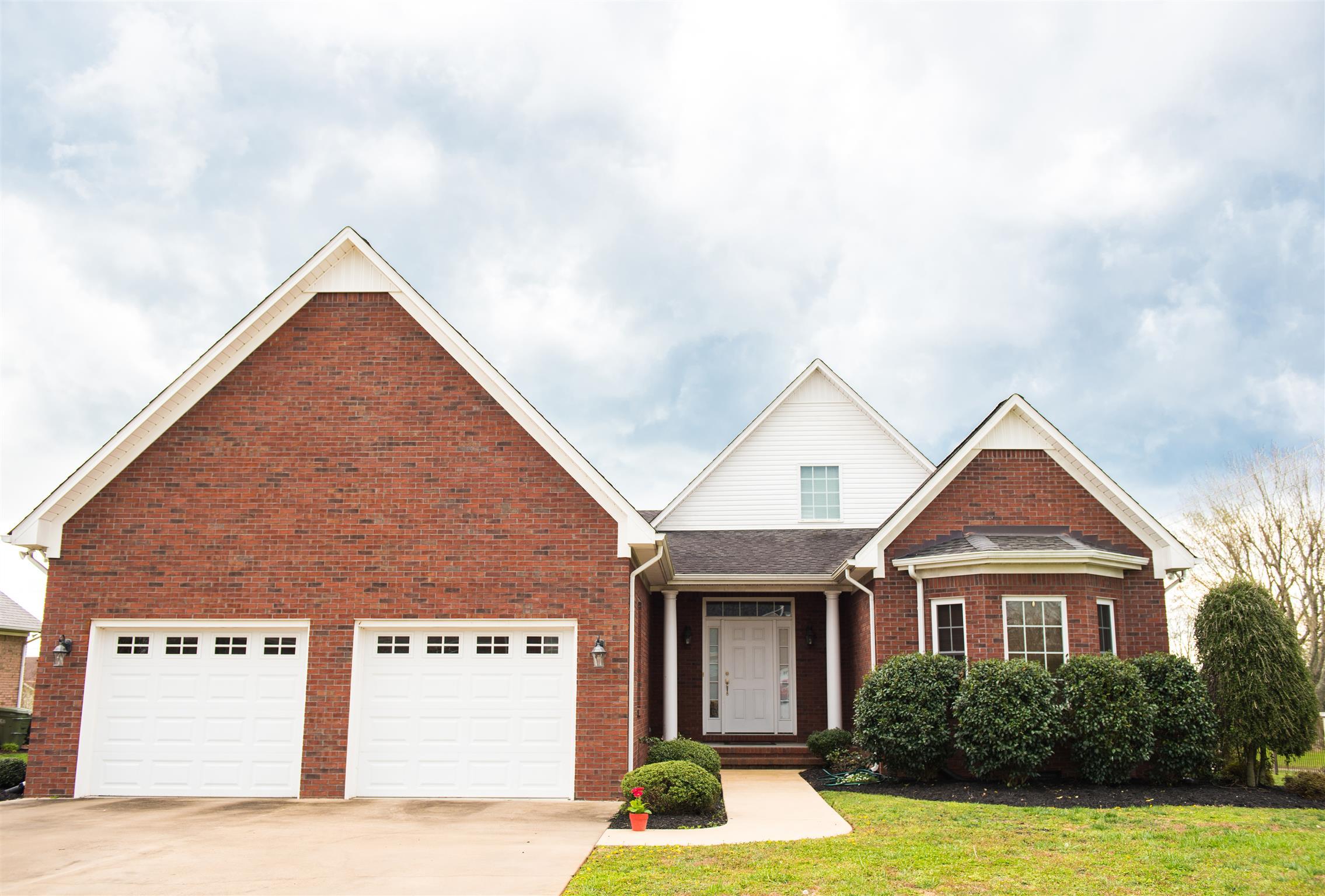 701 Toben Terrace, Lawrenceburg, TN 38464 - Lawrenceburg, TN real estate listing