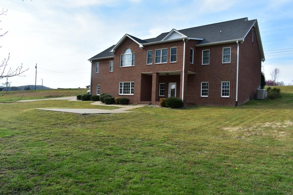 13 Shenandoah Cir, Carthage, TN 37030 - Carthage, TN real estate listing