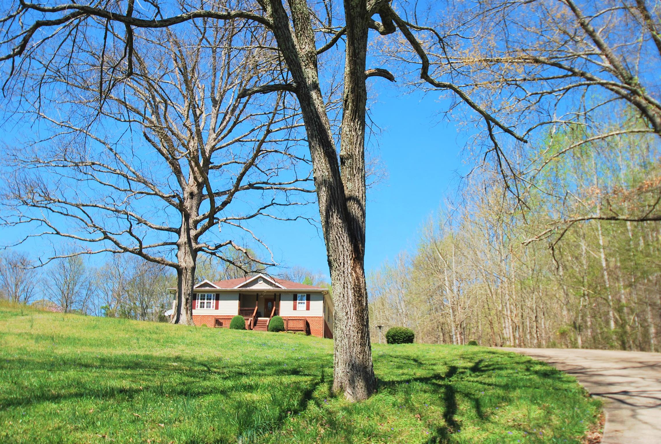 1134 Pee Dee Branch Rd, Cottontown, TN 37048 - Cottontown, TN real estate listing