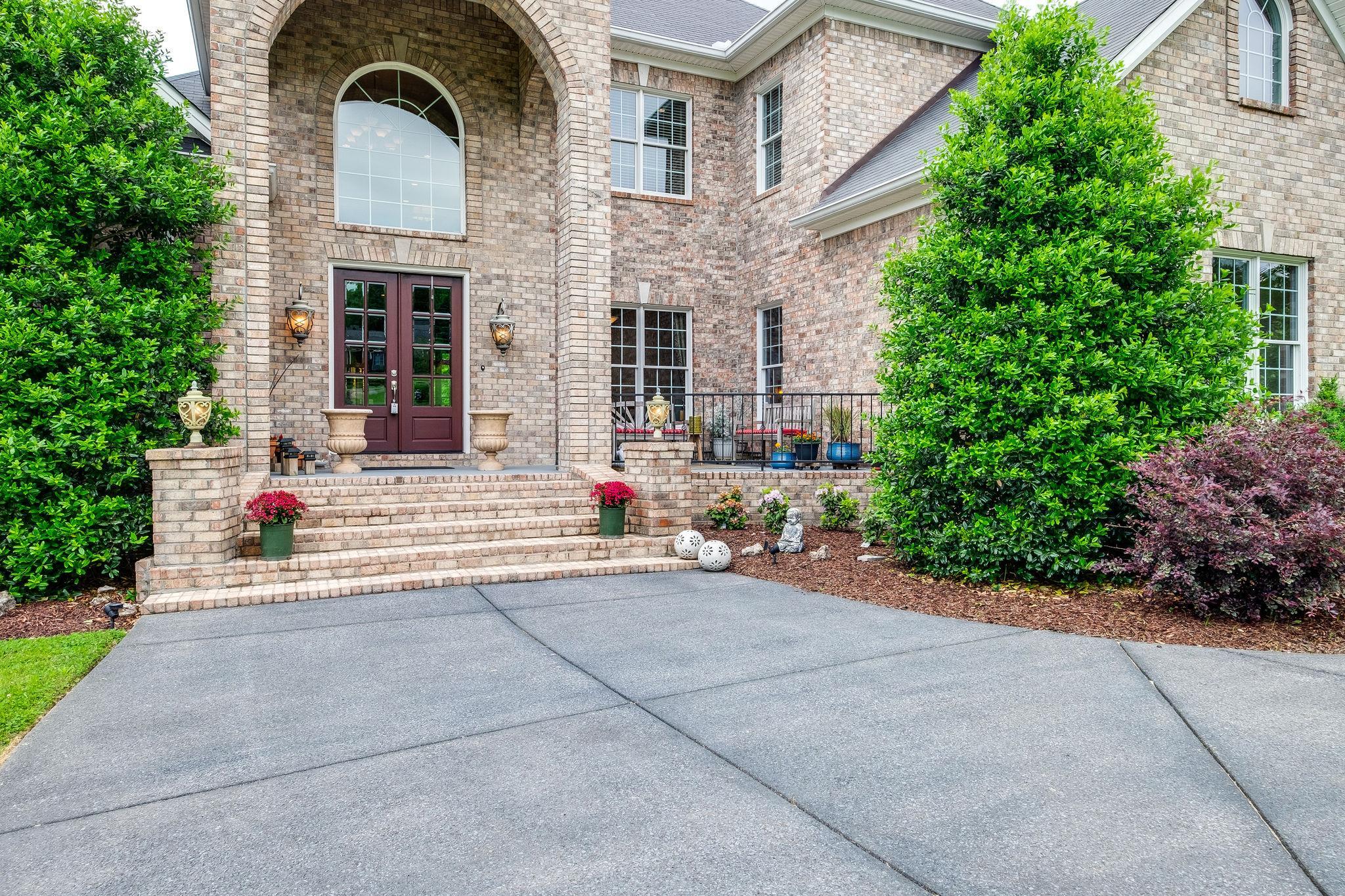 1146 Stirlingshire Dr, Hendersonville, TN 37075 - Hendersonville, TN real estate listing