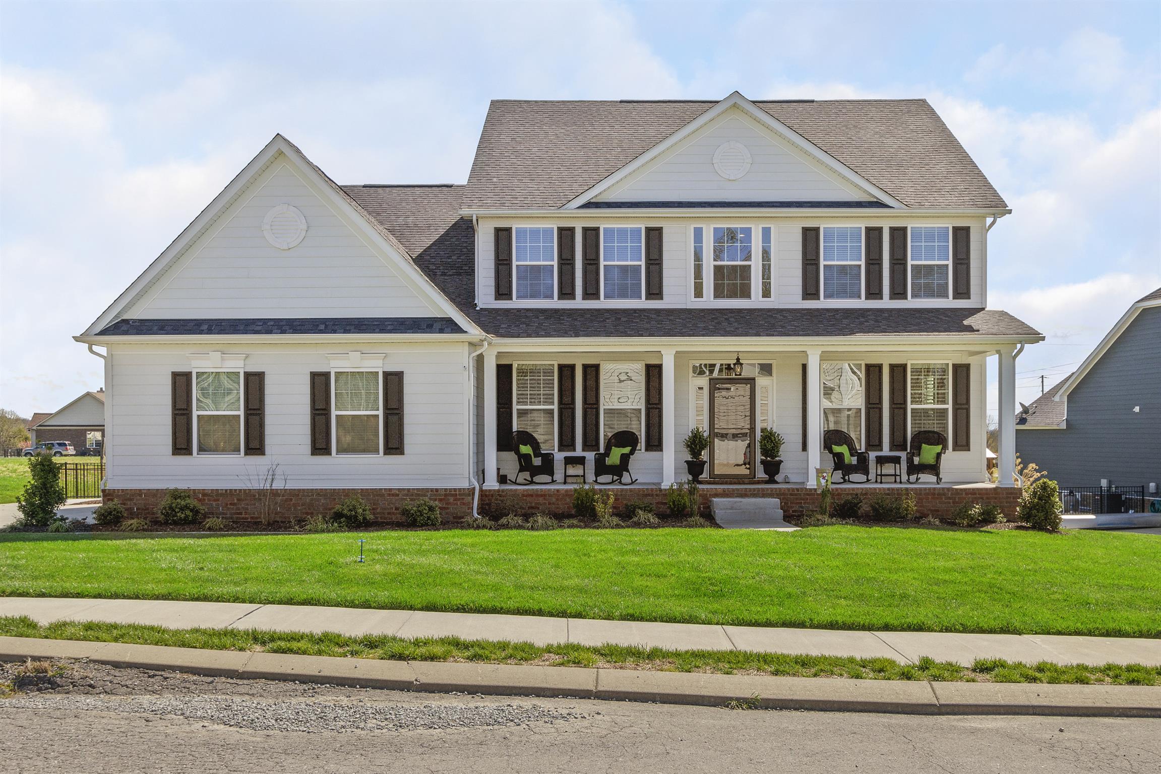 1012 Crutcher Station Dr, Hendersonville, TN 37075 - Hendersonville, TN real estate listing