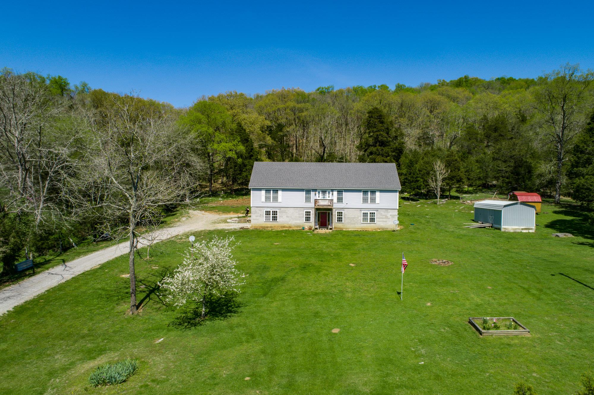 214 E Valley Rd, Pikeville, TN 37367 - Pikeville, TN real estate listing