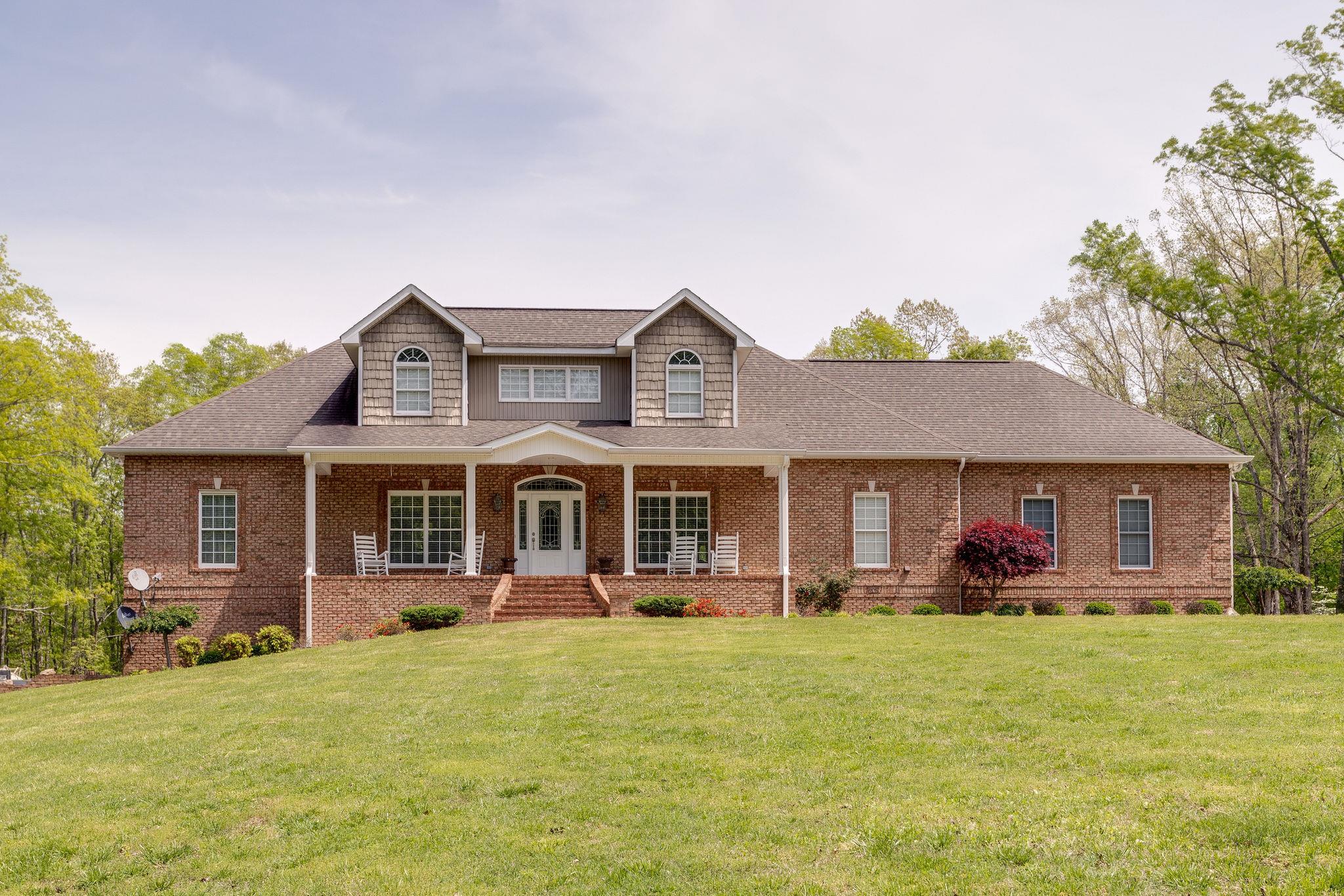135 Vols Lane, Estill Springs, TN 37330 - Estill Springs, TN real estate listing