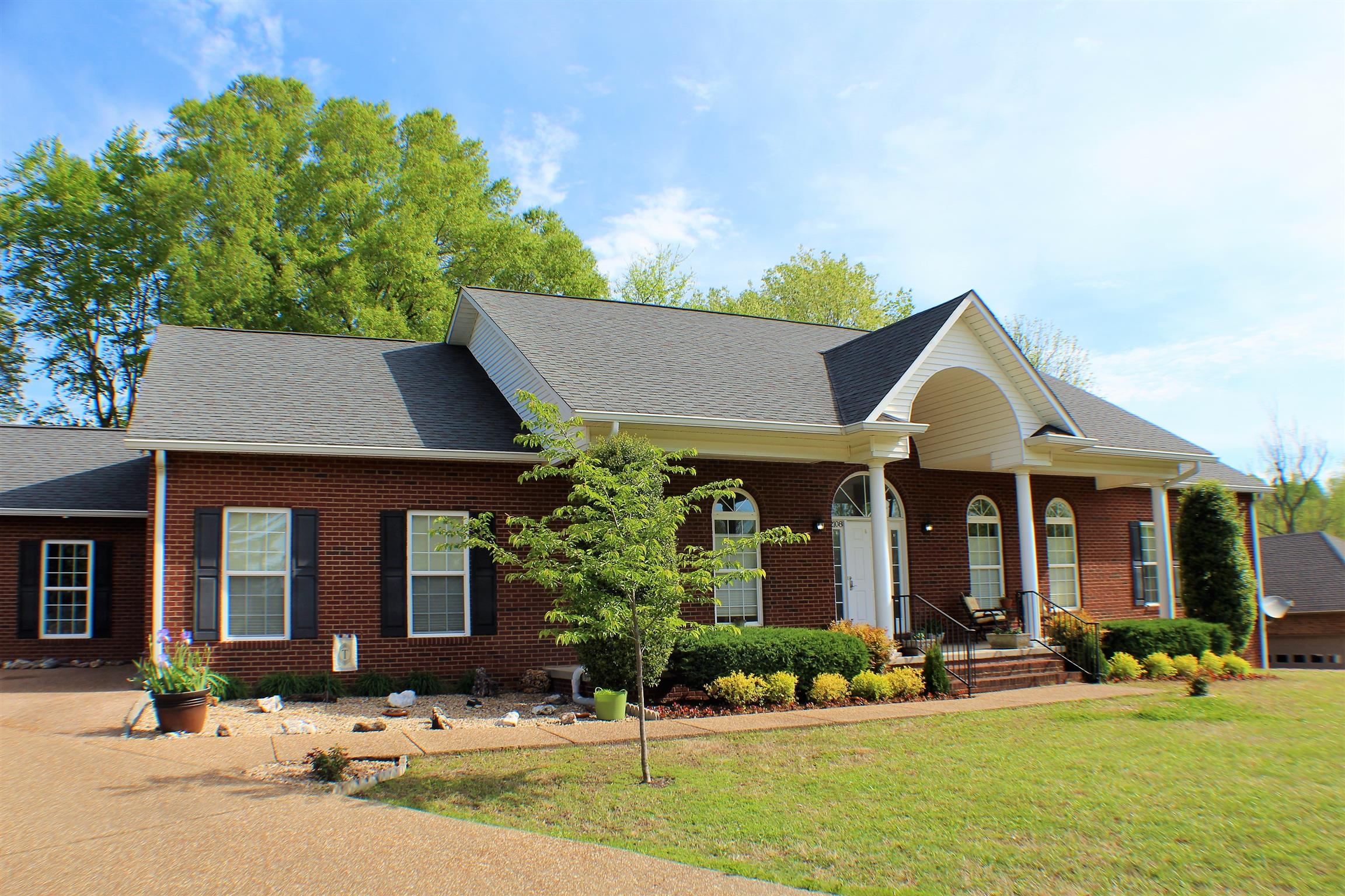 2108 Boxwood Cir, Cookeville, TN 38506 - Cookeville, TN real estate listing