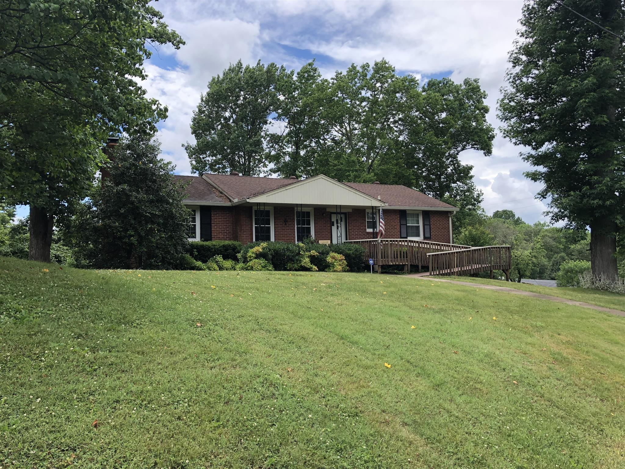 212 Myrick Dr, Nashville, TN 37214 - Nashville, TN real estate listing
