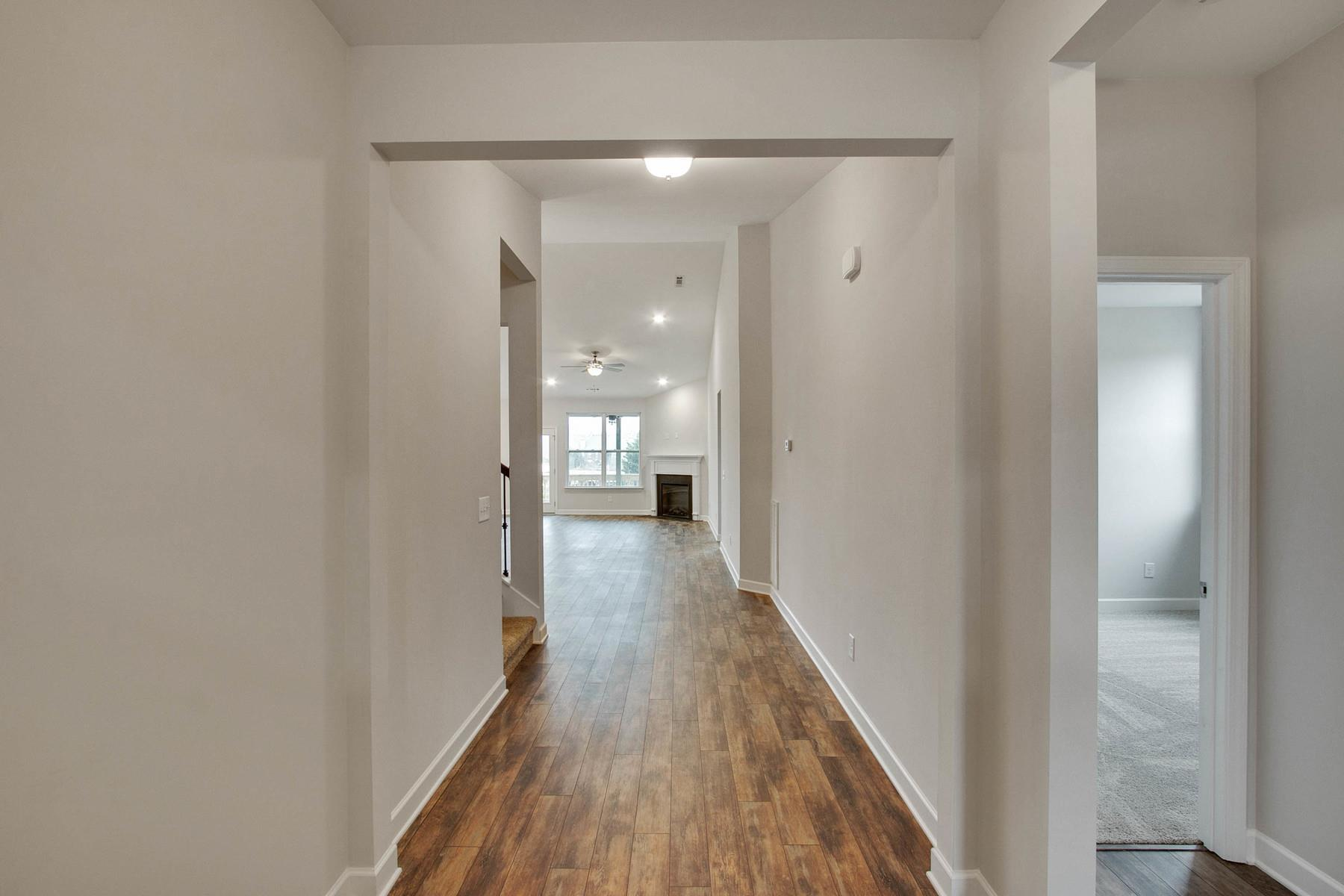 2947 Jenry Drive, Nashville, TN 37214 - Nashville, TN real estate listing
