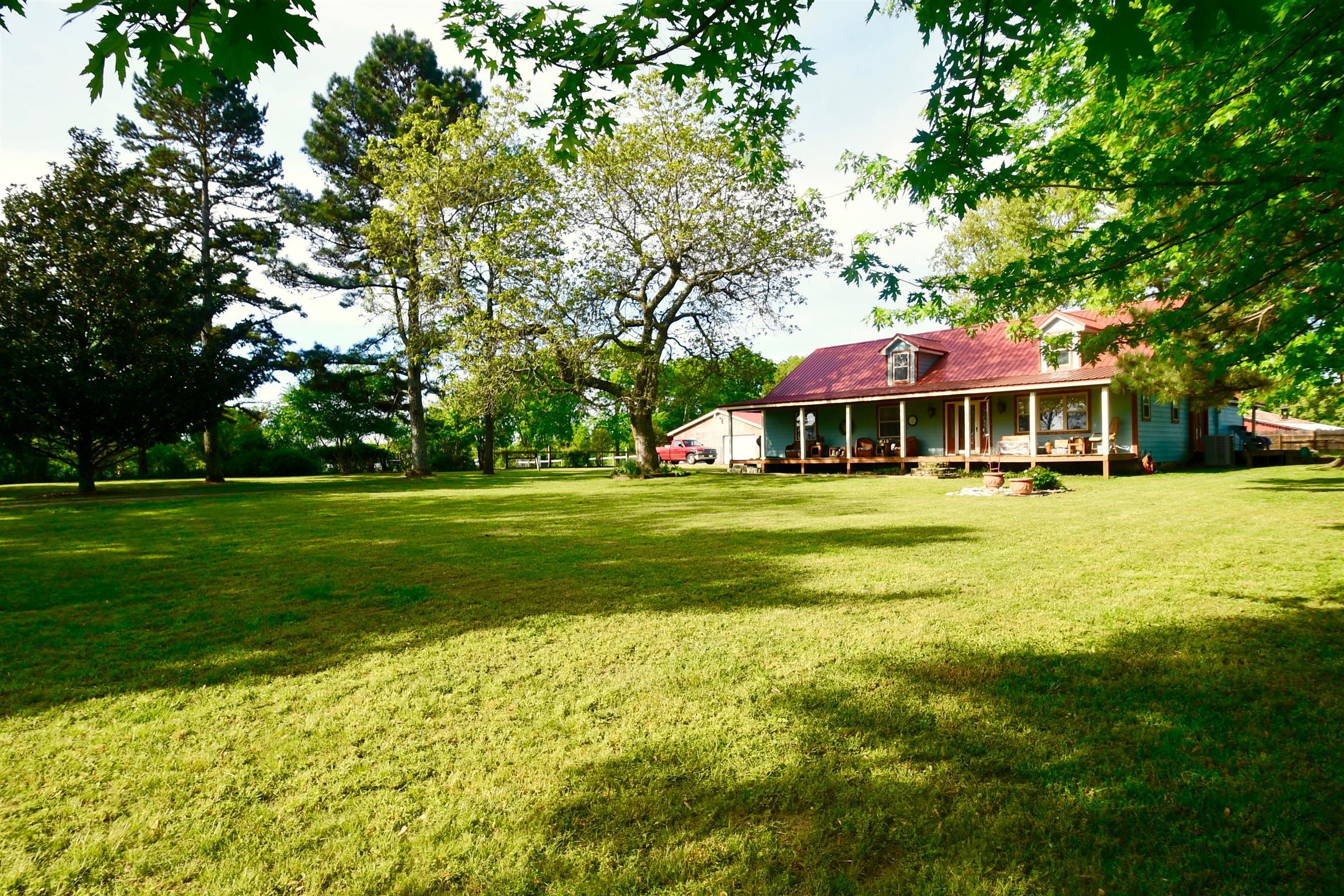 9529 Buttermilk Ridge Rd, Lawrenceburg, TN 38464 - Lawrenceburg, TN real estate listing