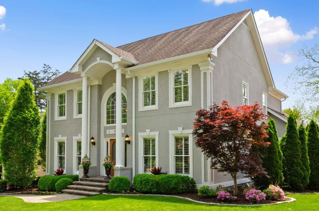 Belle Wood Glen Real Estate Listings Main Image