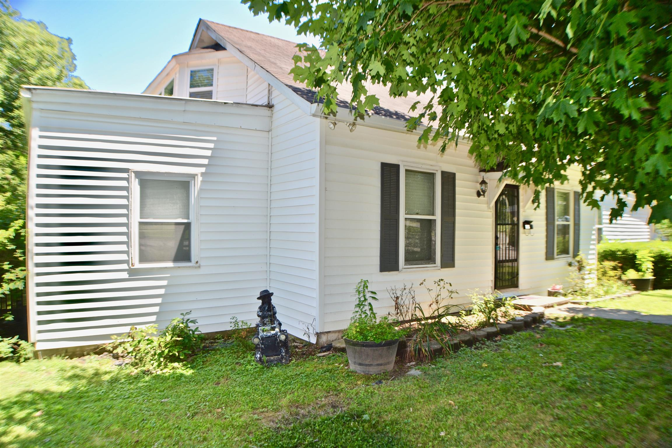 612 S College St, Smithville, TN 37166 - Smithville, TN real estate listing