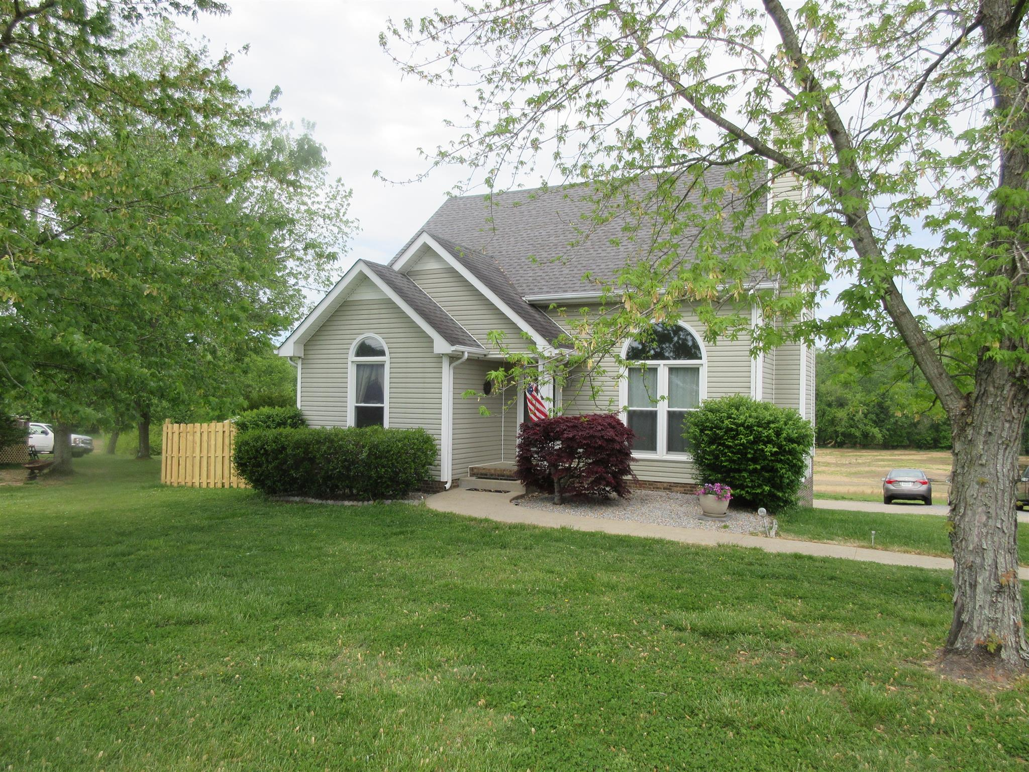 728 W Creek Dr, Clarksville, TN 37040 - Clarksville, TN real estate listing