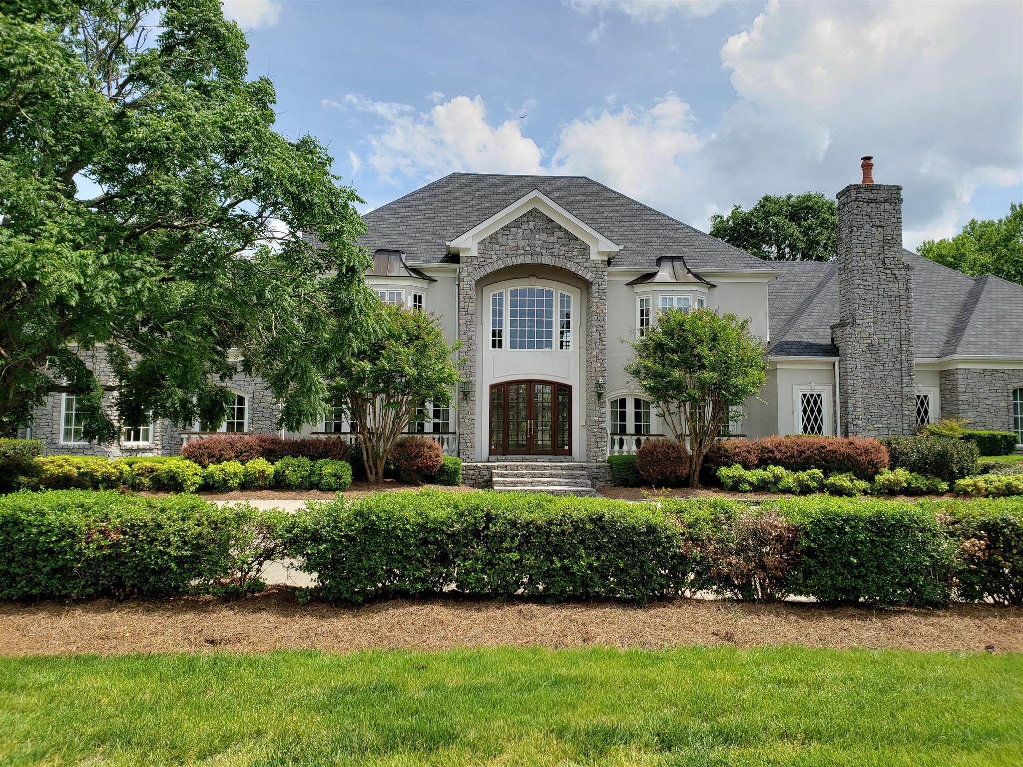 5031 Hill Place Dr, Nashville, TN 37205 - Nashville, TN real estate listing