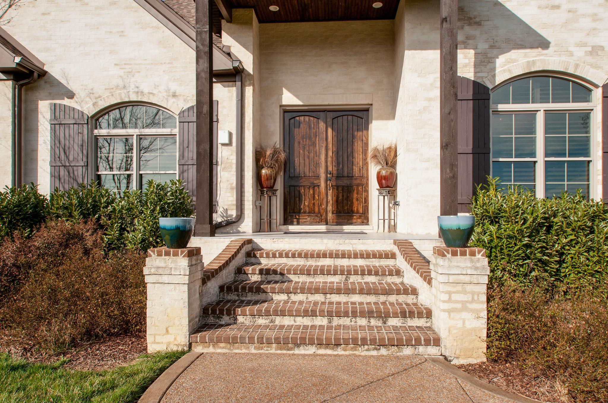 1040 Latimer Ln, Hendersonville, TN 37075 - Hendersonville, TN real estate listing