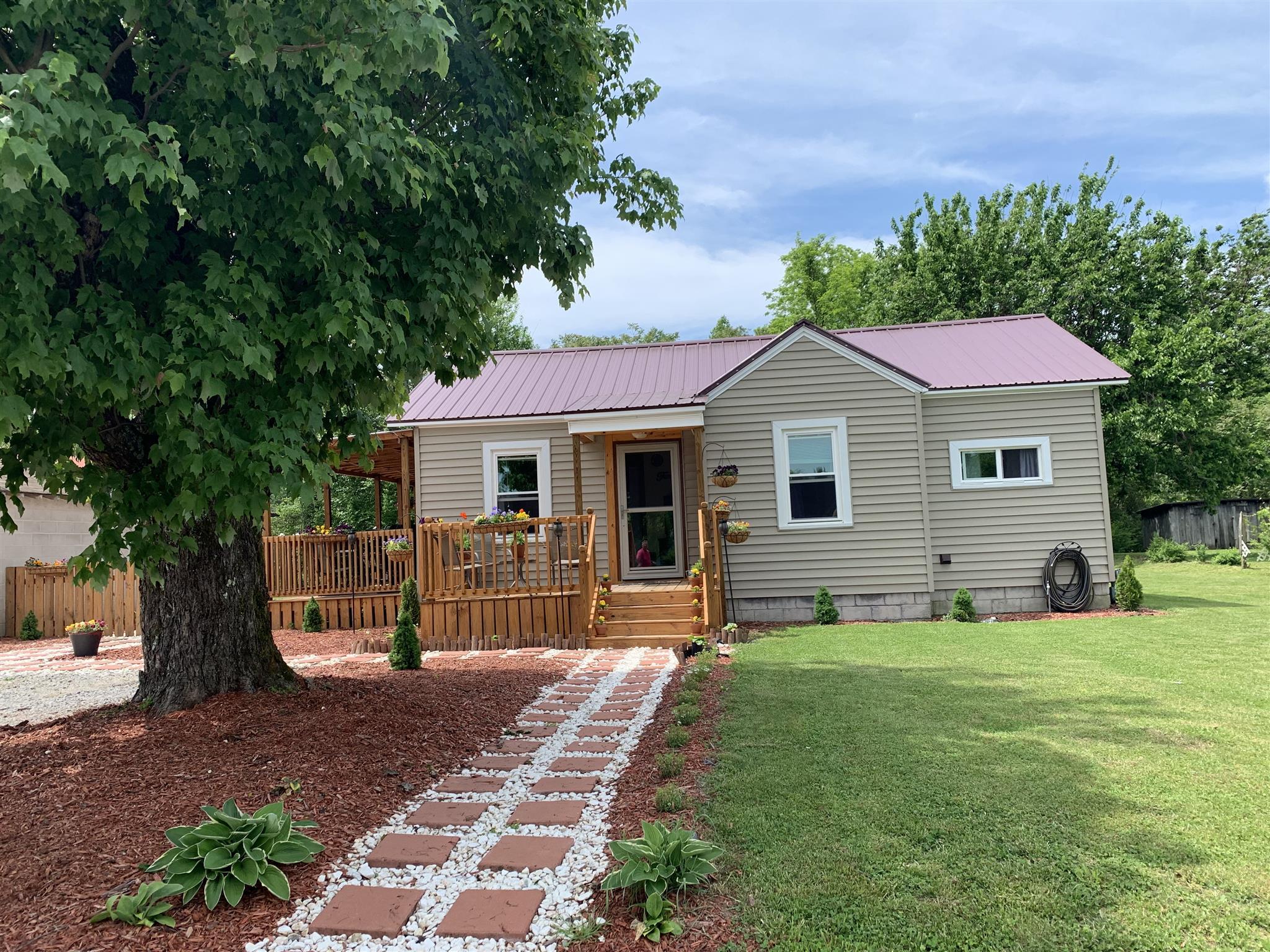 303 W Stewart Ave, Monterey, TN 38574 - Monterey, TN real estate listing