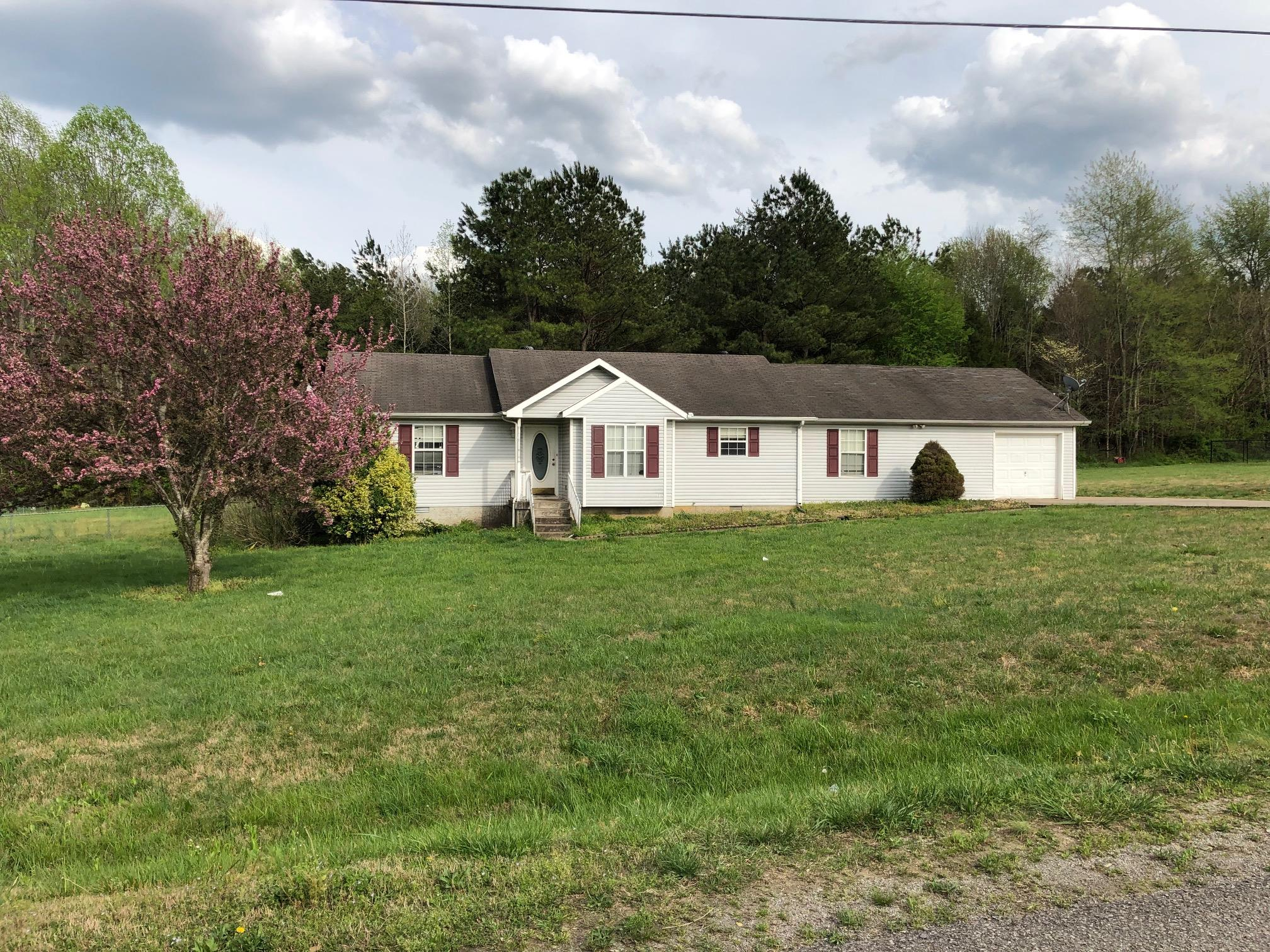 1006 Golden Pond Road, Chapmansboro, TN 37035 - Chapmansboro, TN real estate listing