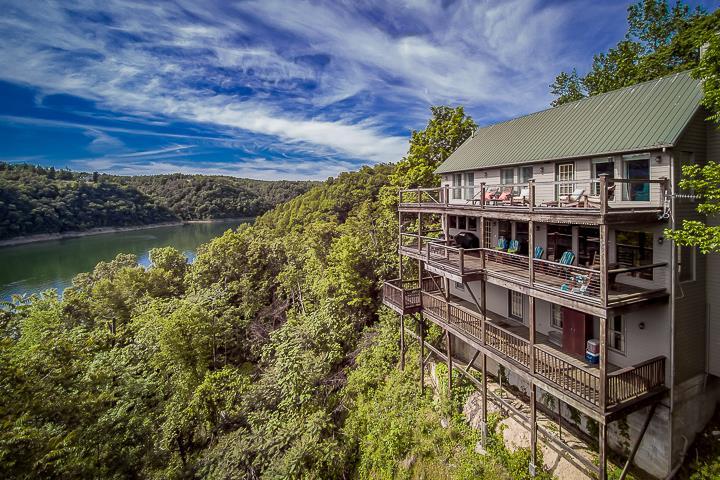 310 Spring Cir, Smithville, TN 37166 - Smithville, TN real estate listing