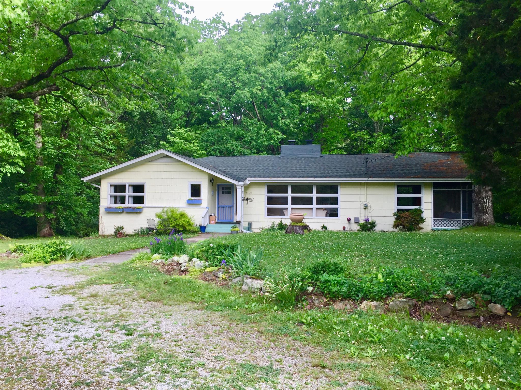 482 Tennessee Ave, Sewanee, TN 37375 - Sewanee, TN real estate listing