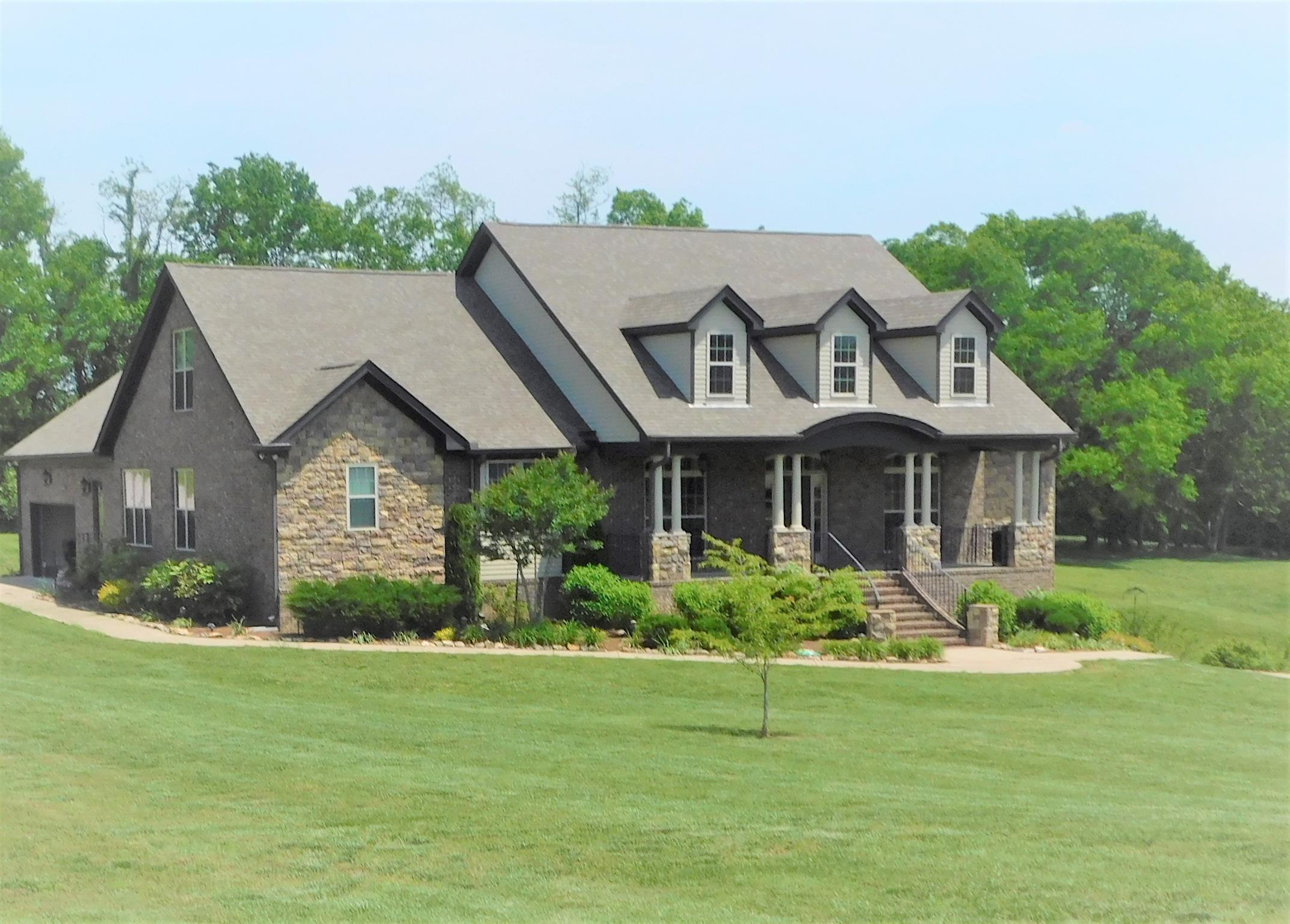 3820 Stonecrest Dr, Columbia, TN 38401 - Columbia, TN real estate listing