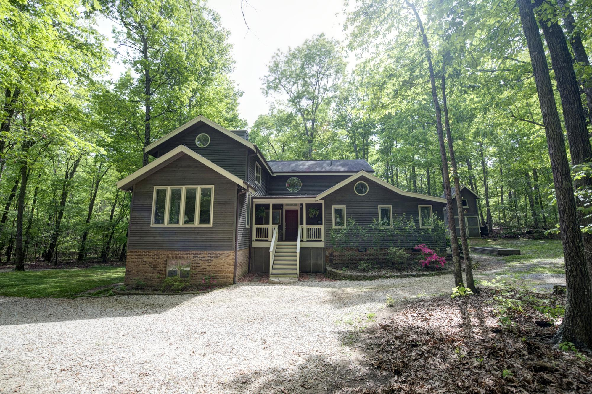 727 Deepwoods Road, Sewanee, TN 37375 - Sewanee, TN real estate listing