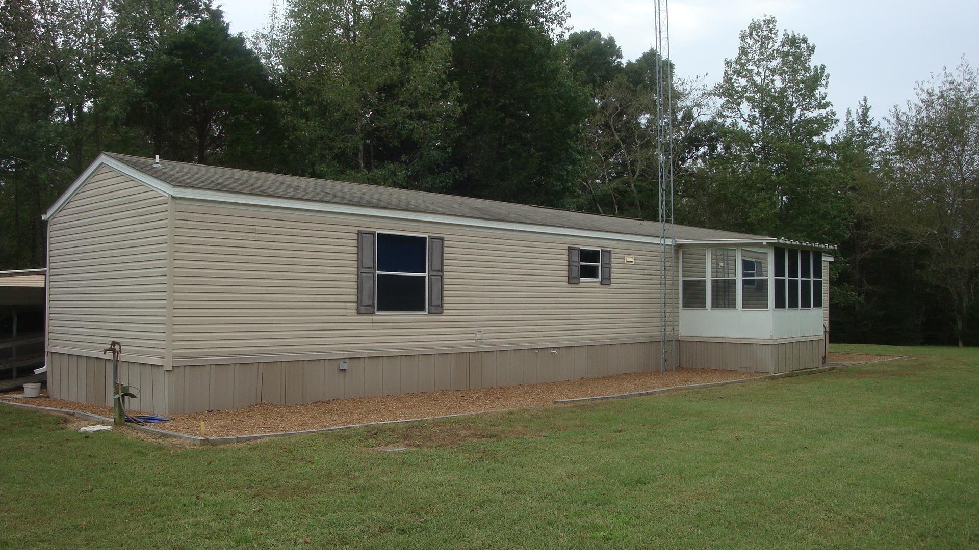 348 Horseshoe Bend Rd, Linden, TN 37096 - Linden, TN real estate listing