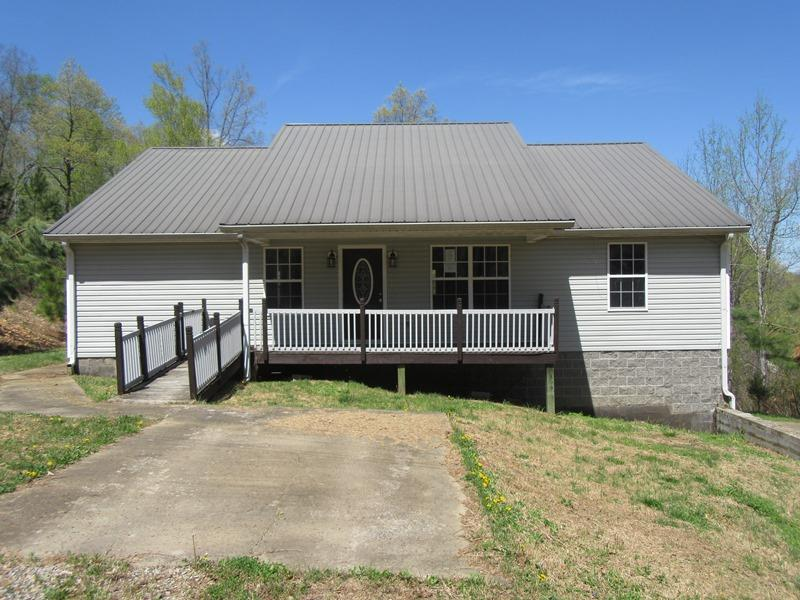 1168 Rye Loop Rd Property Photo - Erin, TN real estate listing