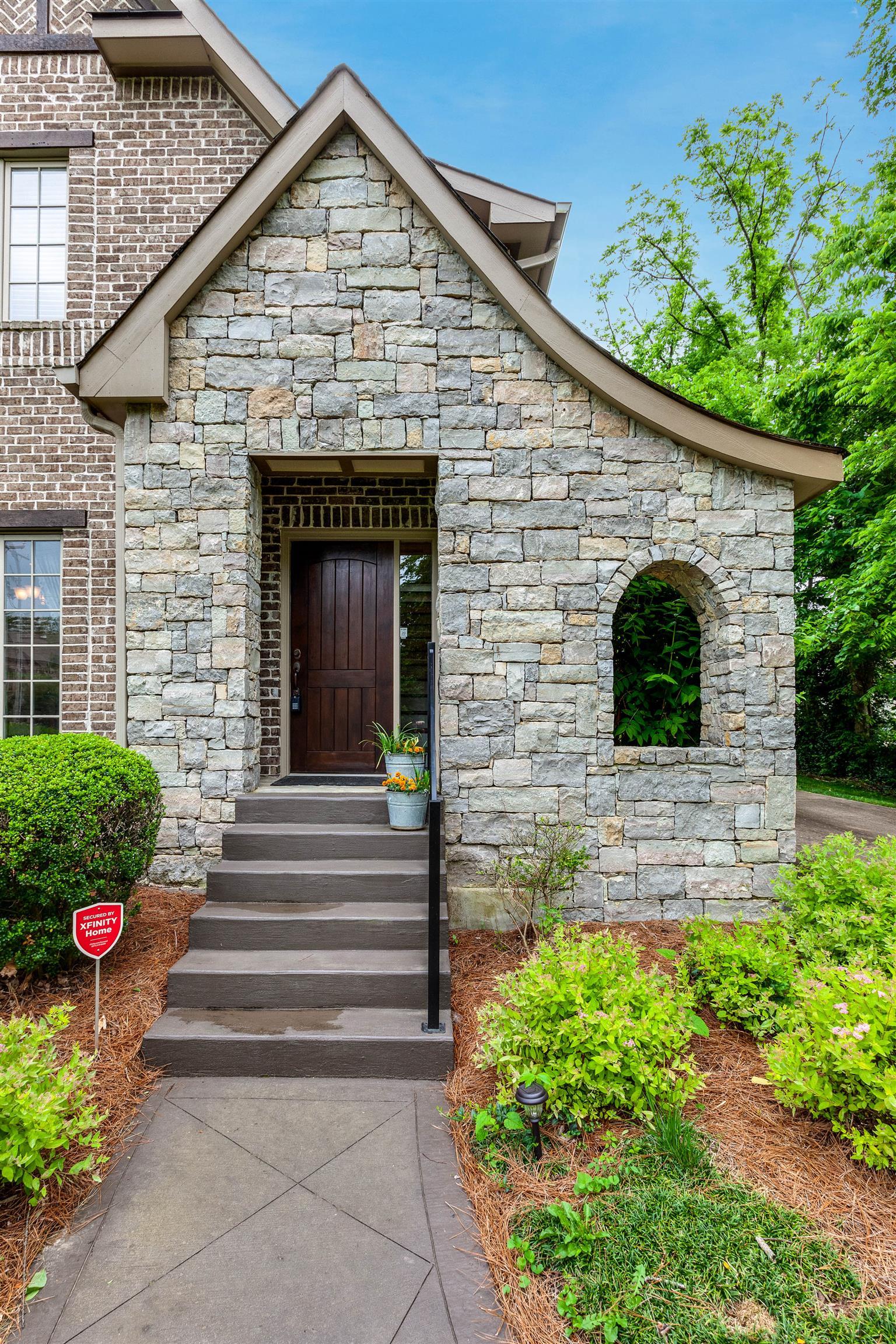 1131 Granny White Ct, Nashville, TN 37204 - Nashville, TN real estate listing