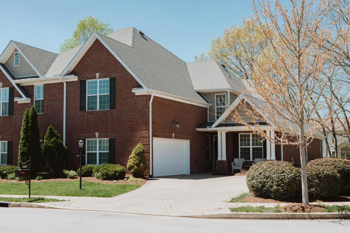 Bridgewater Villas Real Estate Listings Main Image