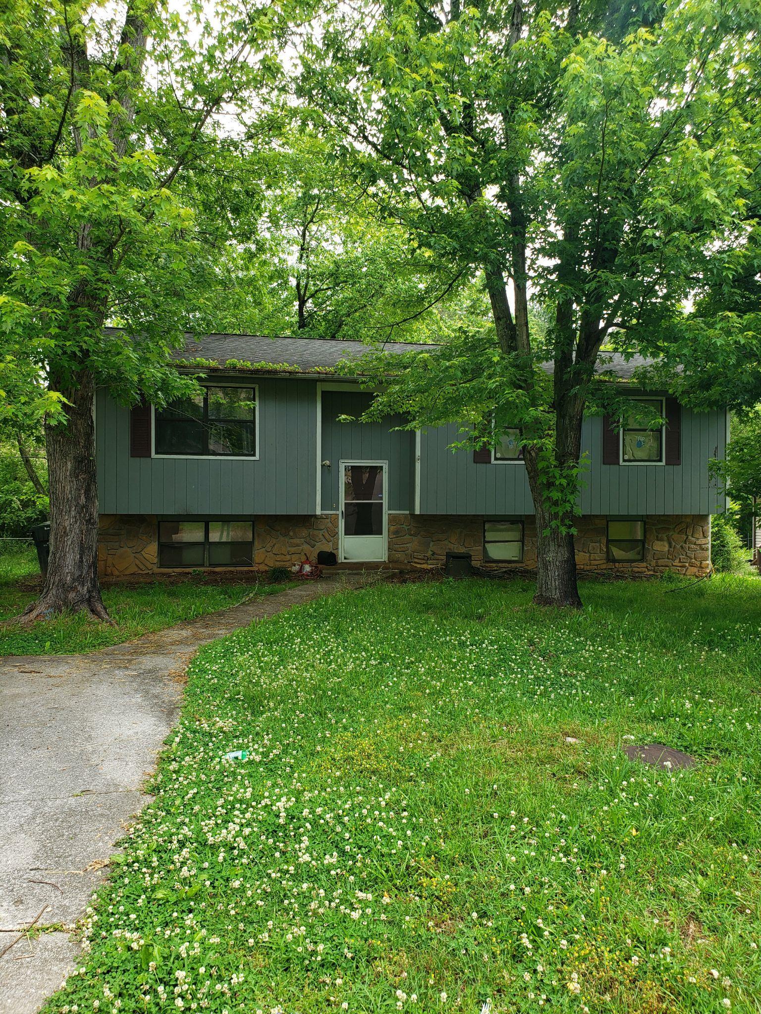 37923 Real Estate Listings Main Image