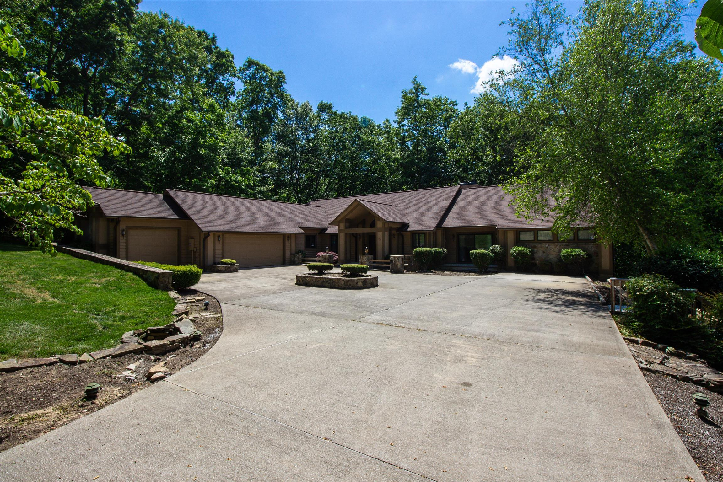 133 Pineridge Loop, Crossville, TN 38558 - Crossville, TN real estate listing