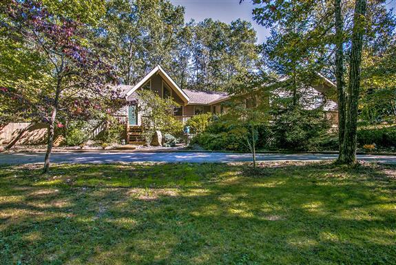 2120 Lakeshore Dr, Monteagle, TN 37356 - Monteagle, TN real estate listing