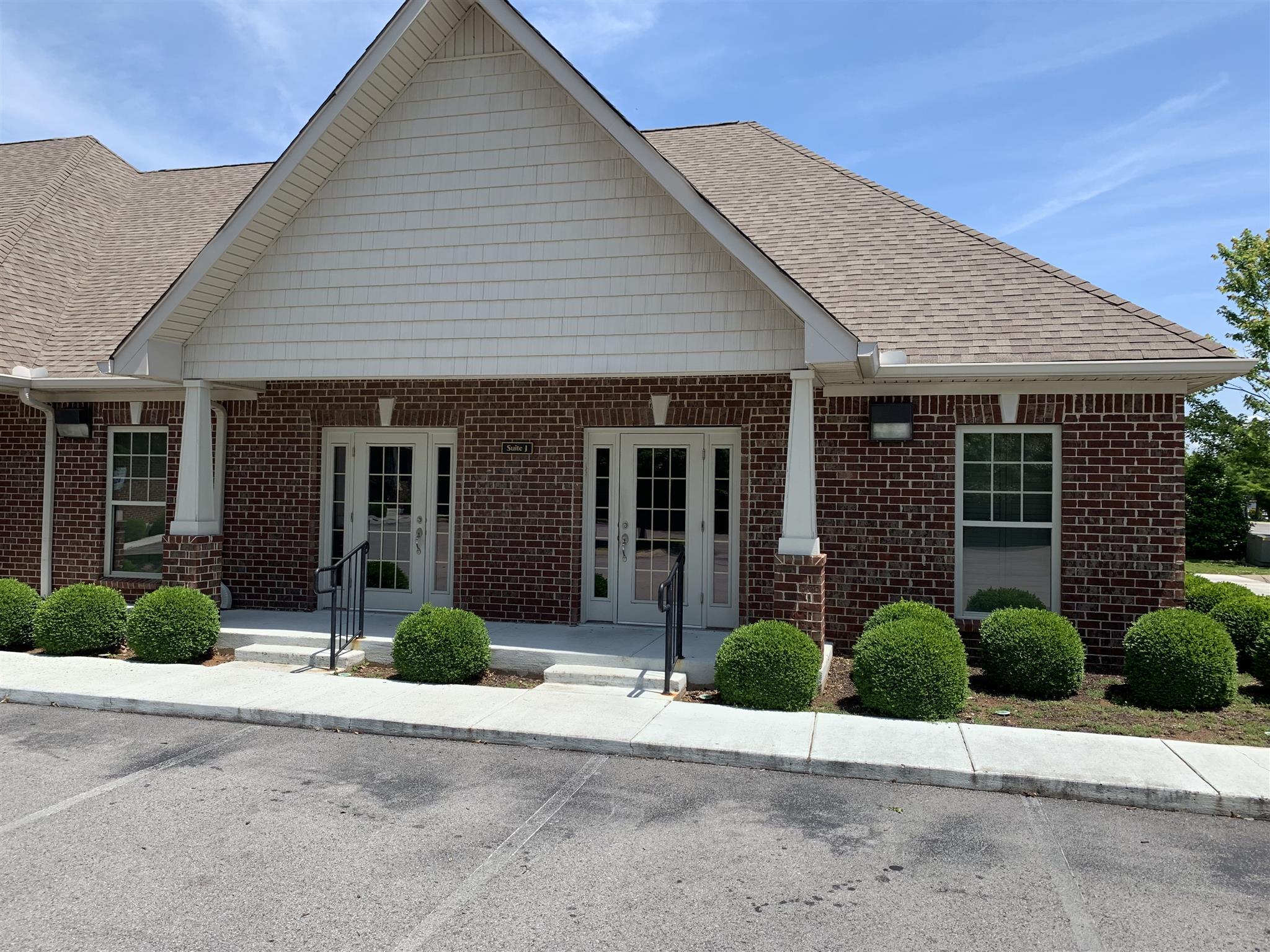 268 Veterans Pkwy, Murfreesboro, TN 37128 - Murfreesboro, TN real estate listing